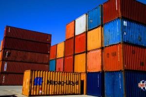 España roza el equilibrio comercial