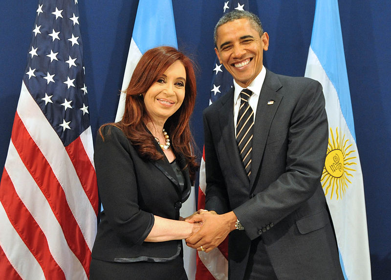 The Argentine President, Cristina Fernández de Kirchner, with the United States President, Barack Obama, during a meeting in the G-20 2011, which took place in Cannes, France. Source: Casa Rosada - Presidency of the Nation of Argentina