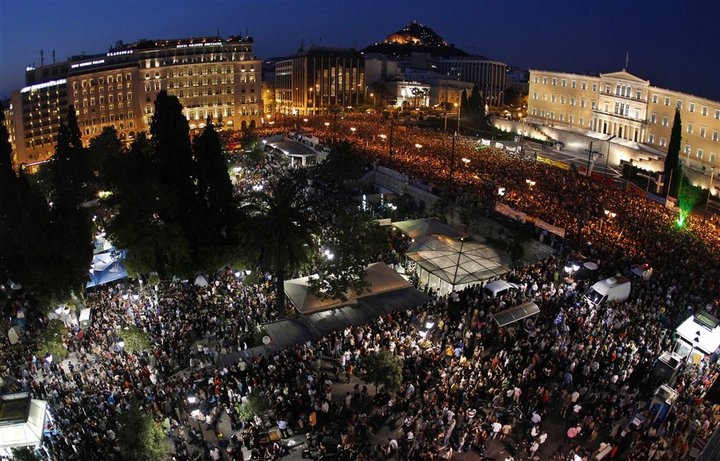 100.000 people gathered at the centre of Athens  against IMF (29/5/2011). Photo credit: Kotsolis