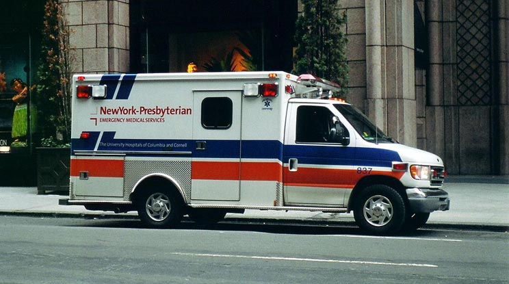 An ambulance in NYC. Author: Eyone
