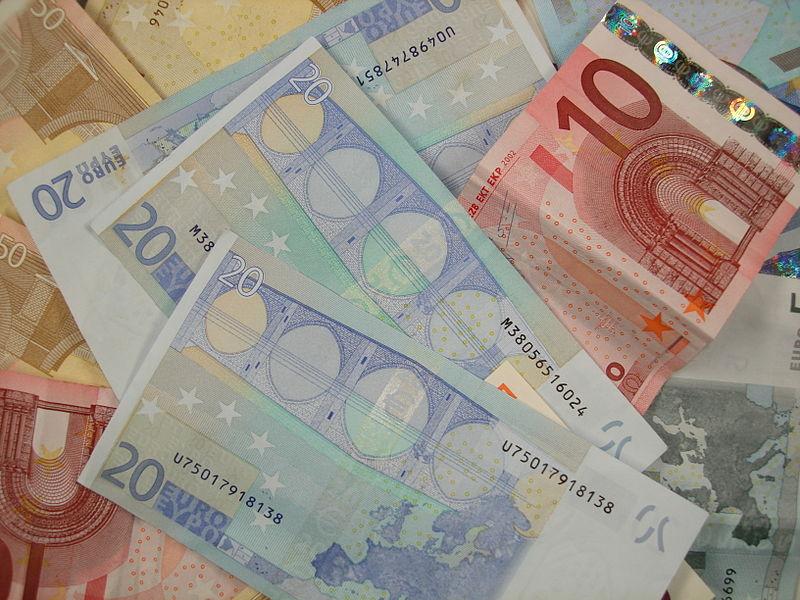 Various Euro banknotes