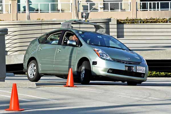 Google driverless car operating on a testing path, by Steve Jurvetson