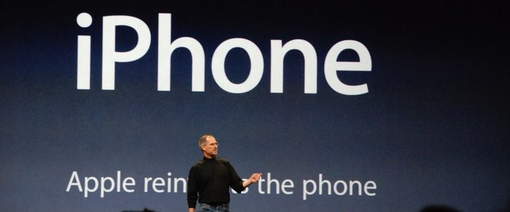 10 annivery iPhone Jobs 2010