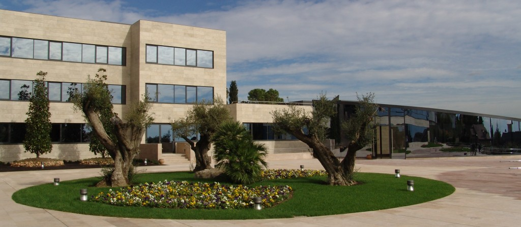 Building Q - IESE MBA