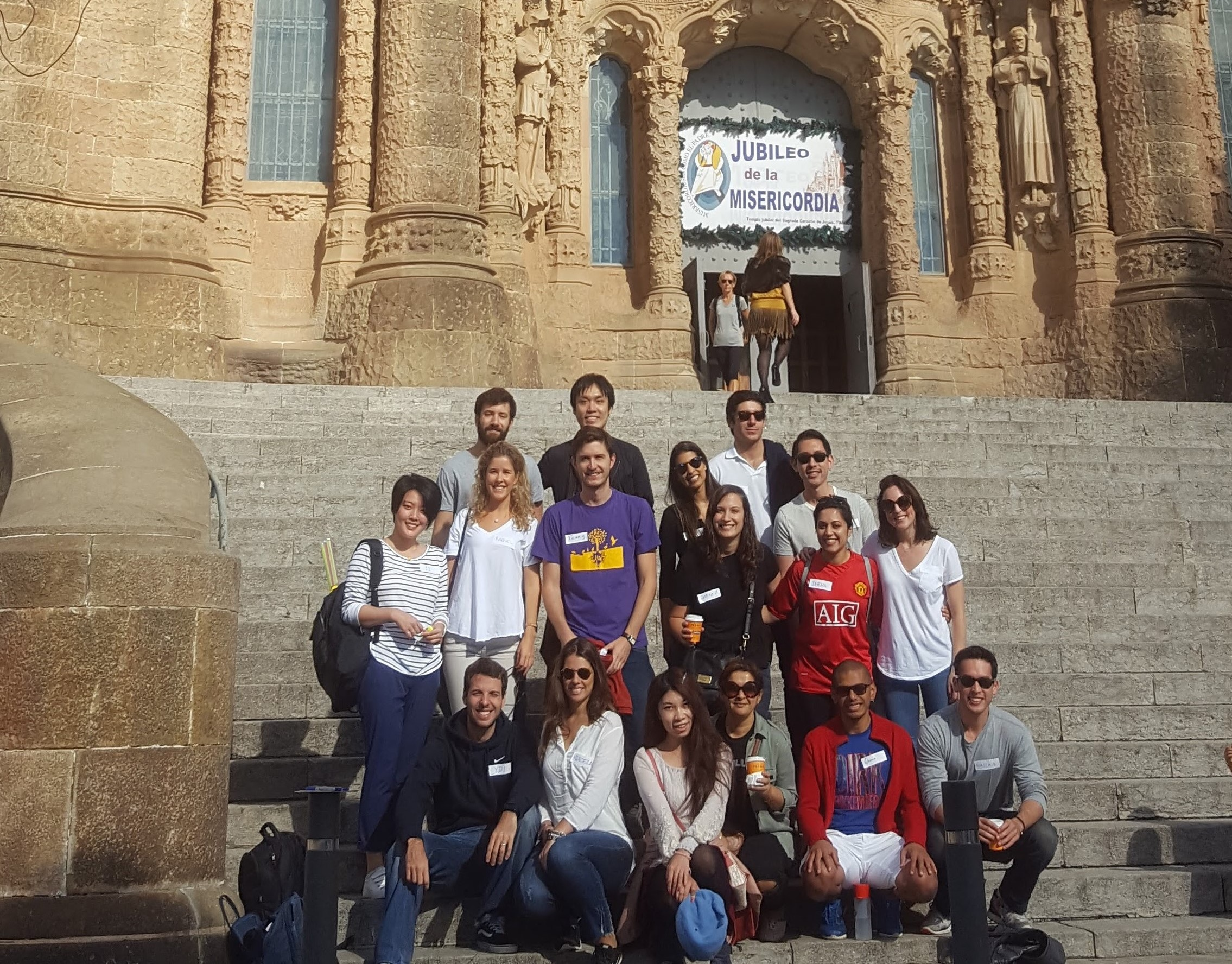 Members of the Social Action Club at Tibidabo